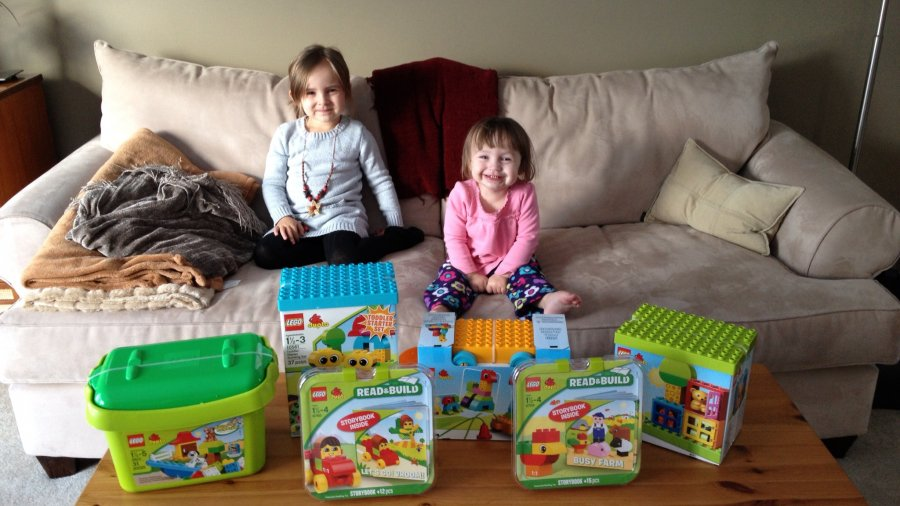 Sharing LEGO DUPLO with Friends #LEGODUPLOplay