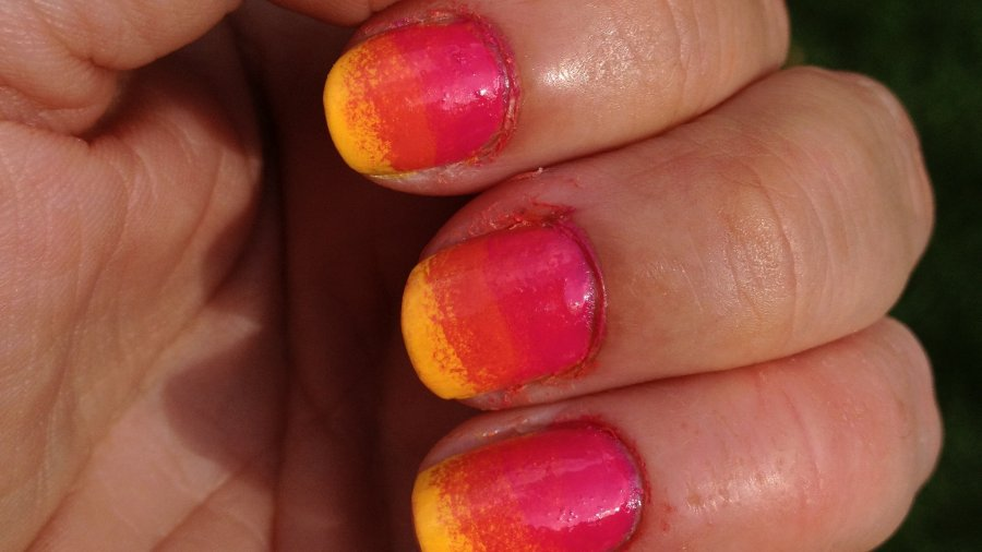 Tri-Gradient Nail Art Tutorial