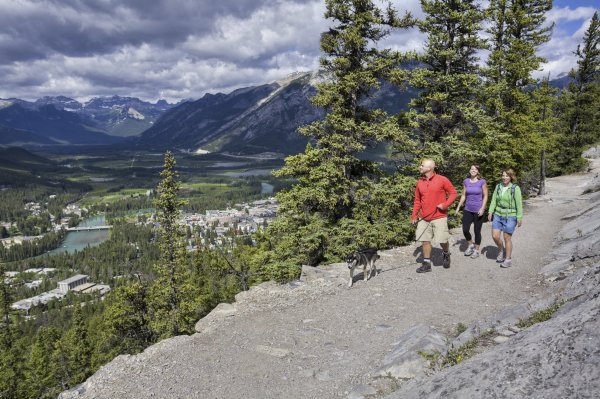 Hiking Tunnel Mountain Banff. Photo credit: Banff Lake Louise Tourism / Paul Zizka Photography