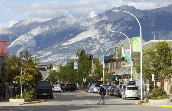 Downtown Jasper. Photo credit: Tourism Jasper