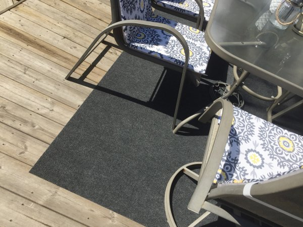 Giant Tige Outdoor Carpet