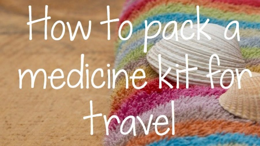 How to pack a medicine kit for travel. Things to consider, tips and ideas for a stress-free time with your family. Photo credit: Buntes Handtuch mit Muschel on Fotolia